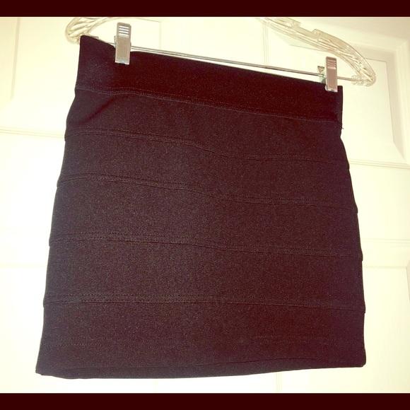 Charlotte Russe Dresses & Skirts - Charlotte Russe women  Black mini Shirt, Size S.
